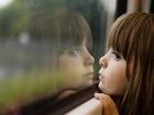 Babasının Yolunu Bekleyen Kız