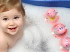 Banyodaki Şirin Bebek