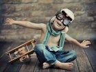 Gözlüklü Pilot Çocuk