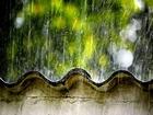 Kiremitlere Çarpan Yağmur