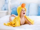 Sarı Bornozlu Bebek